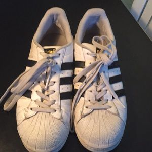 Adidas 8.5 men's or 10 women's